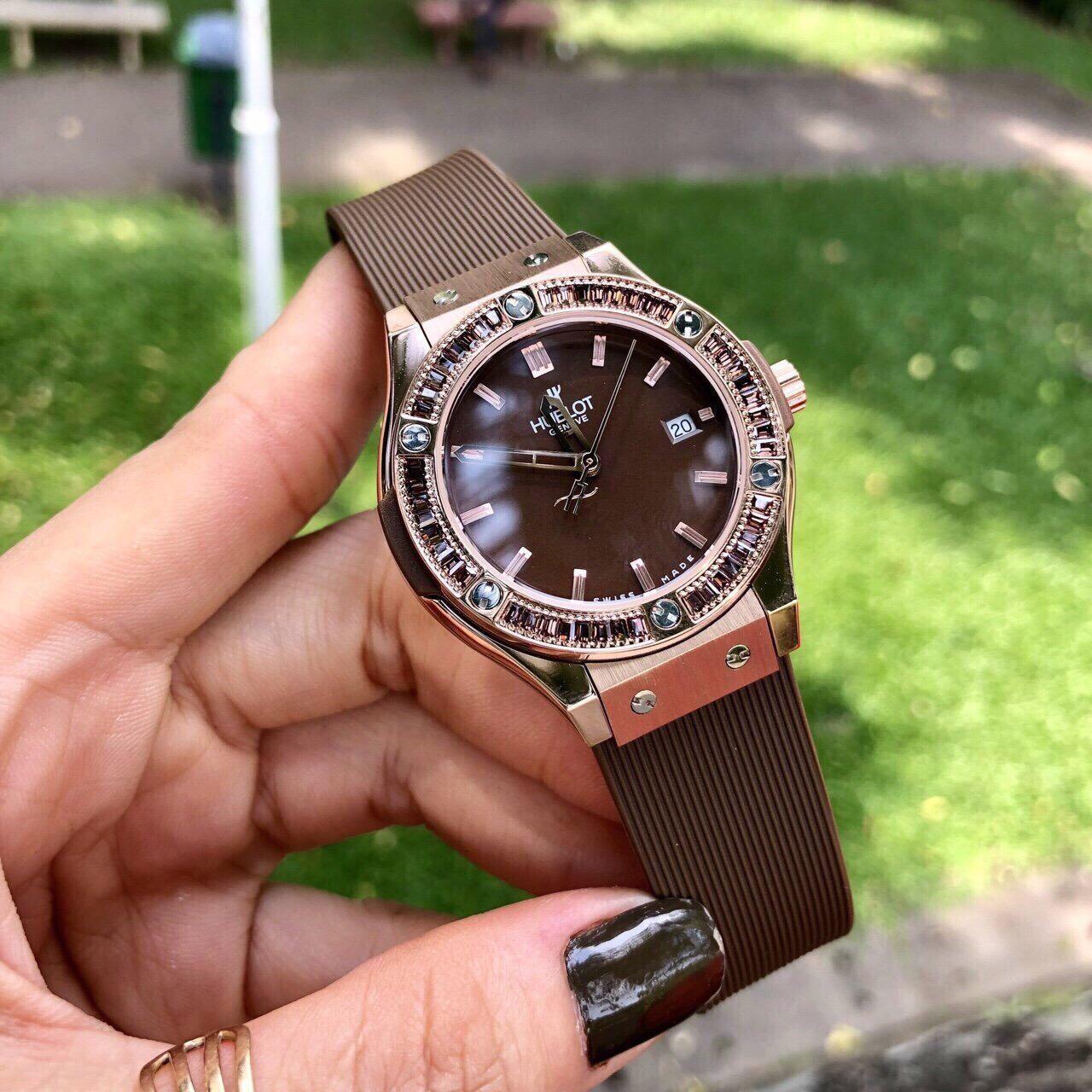 Nơi bán Đồng Hồ Nữ Hublot Diamond FS0017
