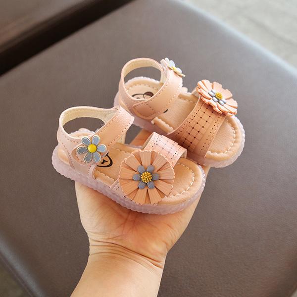 Giá bán sandal tập đi bé gái size 15-25 hoa lệch xinh xắn