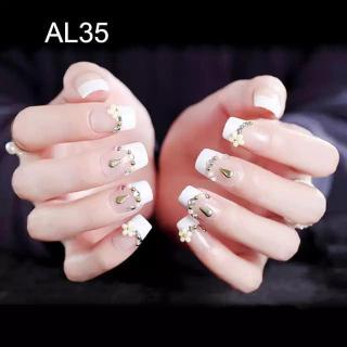 Hộp 24 Móng tay giả , nail giả , móng giả A45 (keo sẵn sau các móng tay ) thumbnail