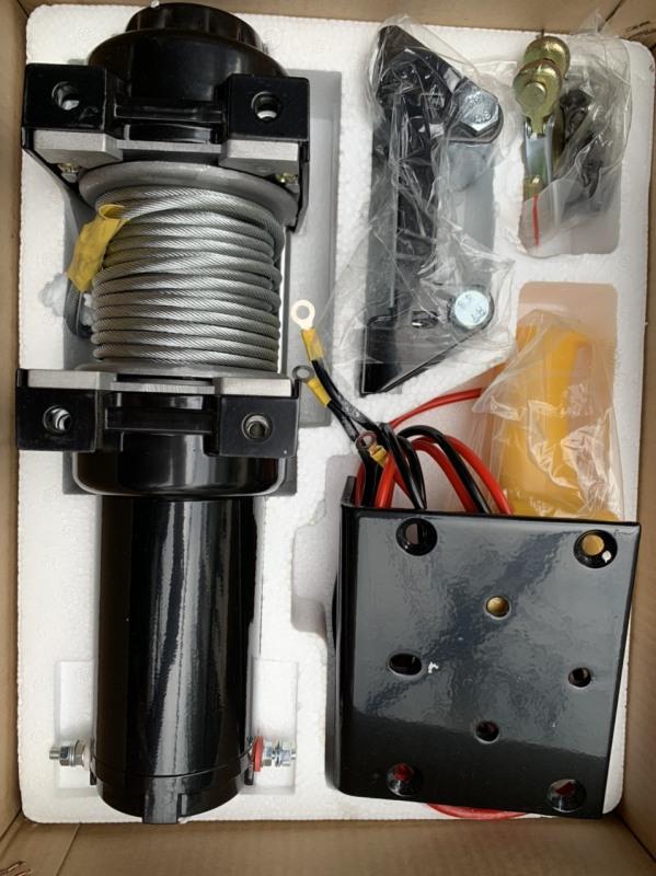 Tời điện ô tô 12v (4000LBS) chịu tải 1800kg hàng chuẩn L1