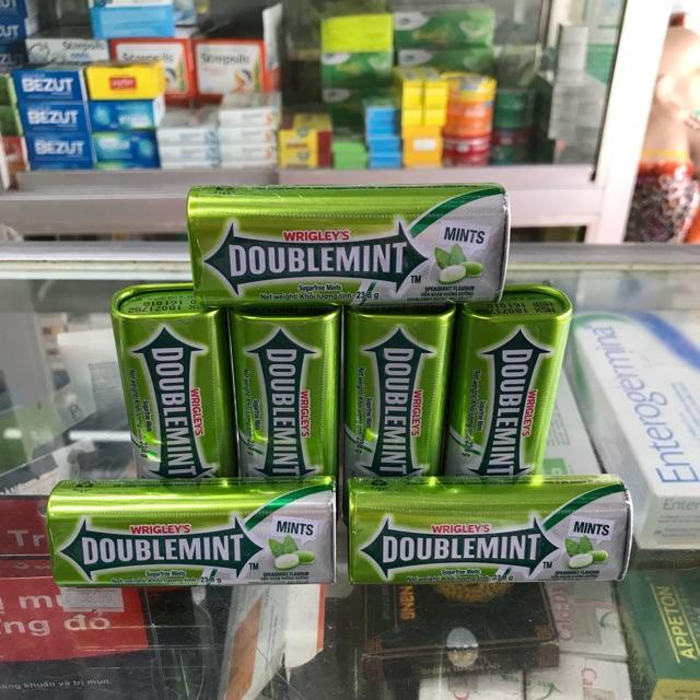 Combo 3 hộp Kẹo ngậm thơm miệng DoubleMint hộp thiếc hương Bạc Hà (23.8g x 3 sản phẩm)