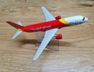 Mô hình máy bay Vietjet air 16cm thumbnail