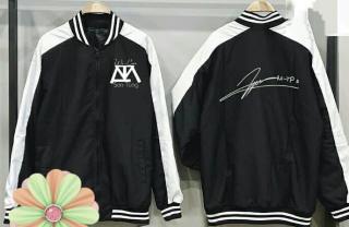 áo khoác Sơn Tùng M-TP cho fan SKY có chữ ký in theo yêu cầu, áo khoác gió 2 lớp in theo yêu cầu thumbnail