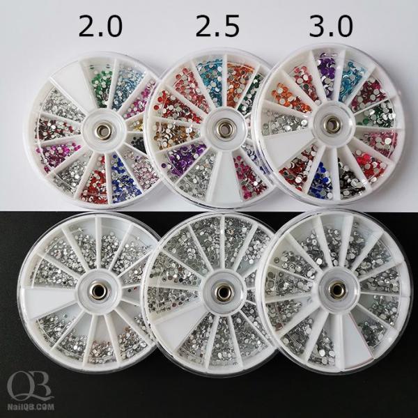 Đá nhựa gắn móng hộp xoay (đủ màu hoặc trắng)