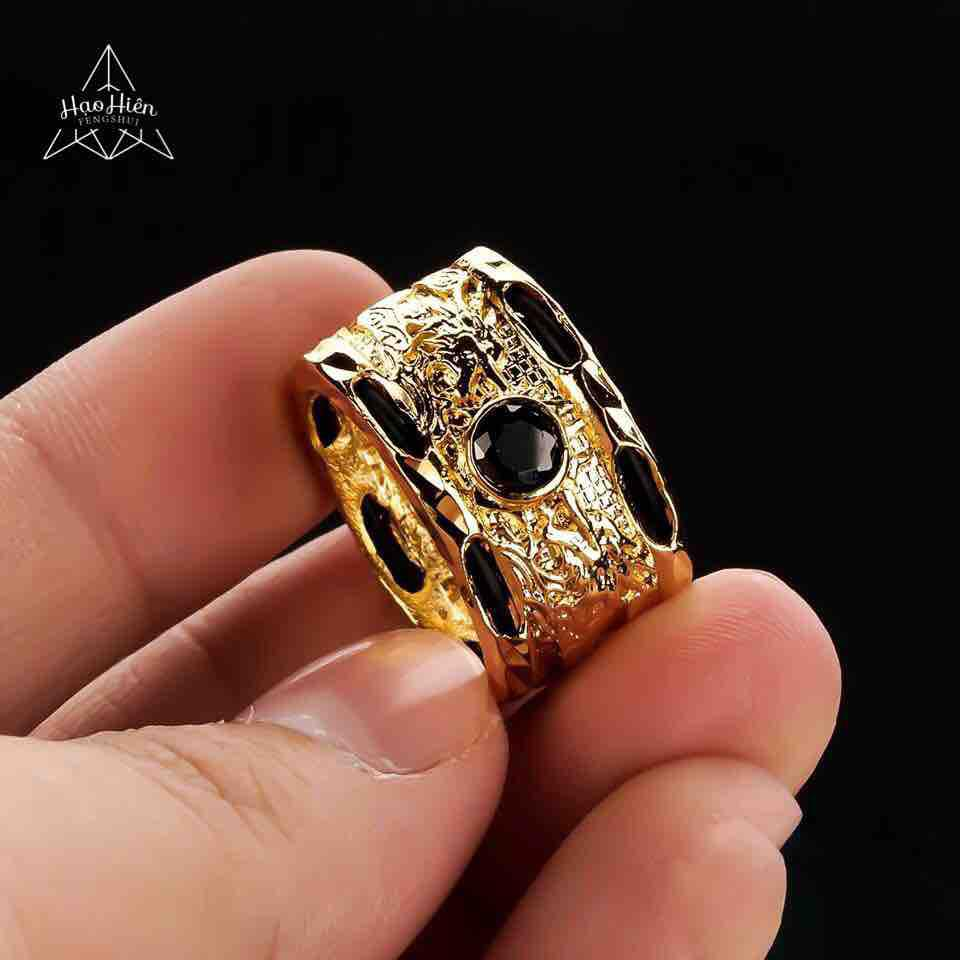 Nhẫn Lông Đuôi Voi Phong Thuỷ Titan mạ Vàng đính Hạt Đá Swarovski - Tôn lên sự Sang Trọng, Lịch Lãm cho phái mạnh