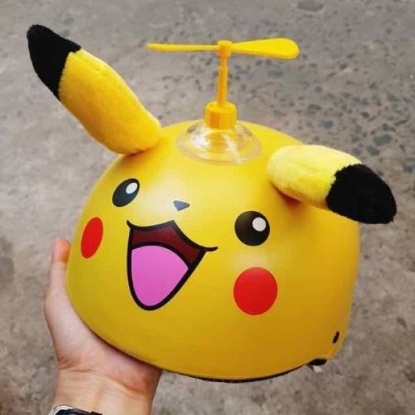 Giá bán Mũ Bảo Hiểm Trẻ Em Pikachu Có Kính V&S Helmet Cho bé Từ 3-6 Tuổi Màu Vàng - Tặng Chong Chóng Tre