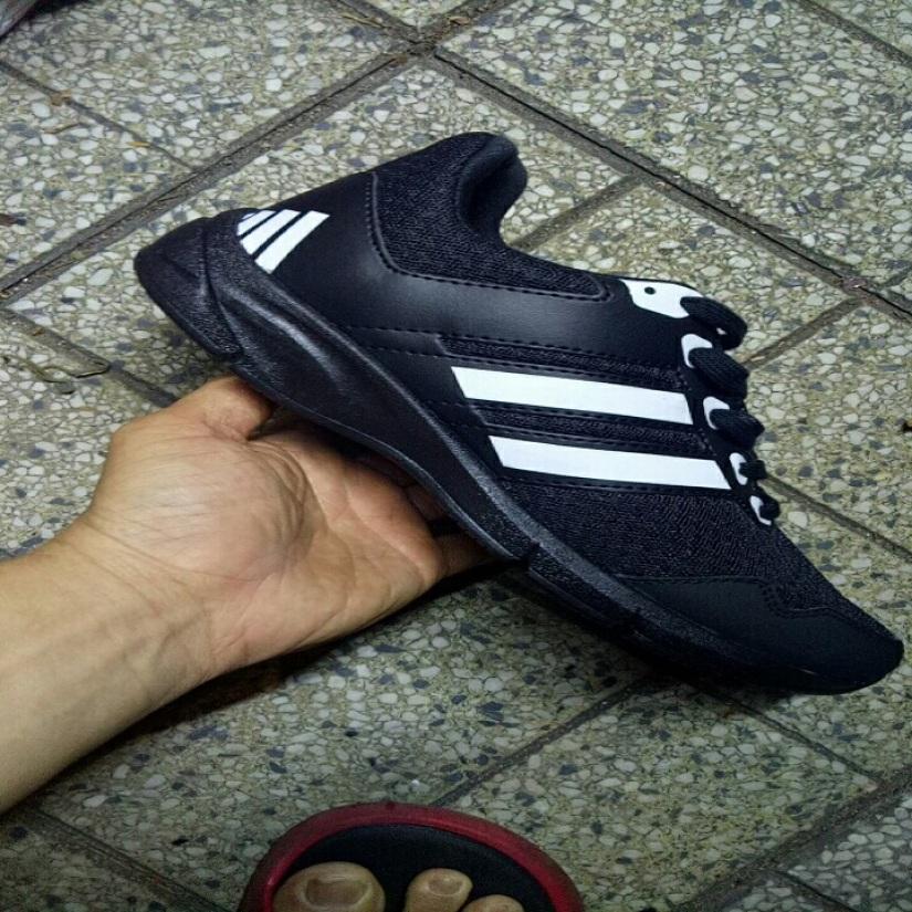 Giày bata nam đủ size nam nữ (trắng sọc đen 2) giá rẻ