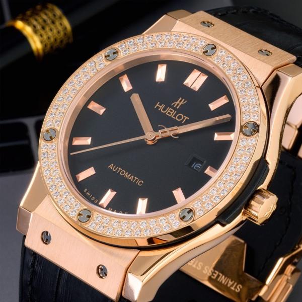 Đồng hồ nam HUBLOT020 ĐÍNH ĐÁ VIỀN , BẢN GIỚI HẠN, sang trọng, mạnh mẽ + Bảo hành 2 năm + Tặng hộp 1 đánh giá bán chạy