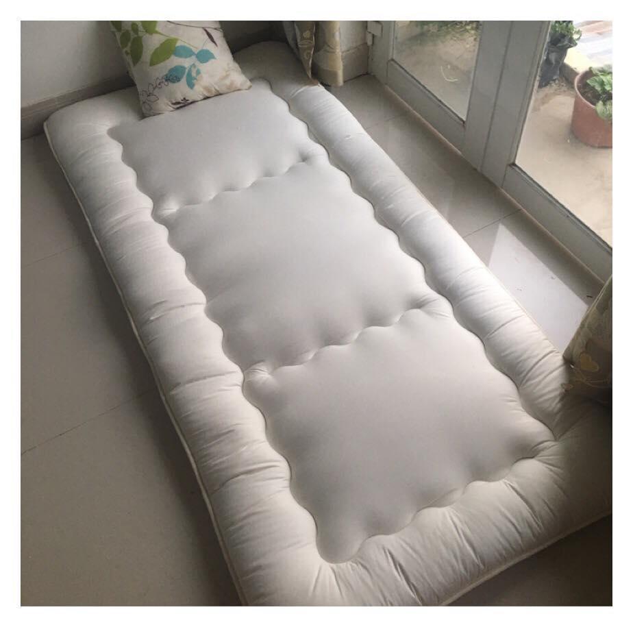 Nệm ngủ đơn bằng gòn siêu dày _ Nệm xuất dư size 1m*2m ( nệm chụp hình thật )