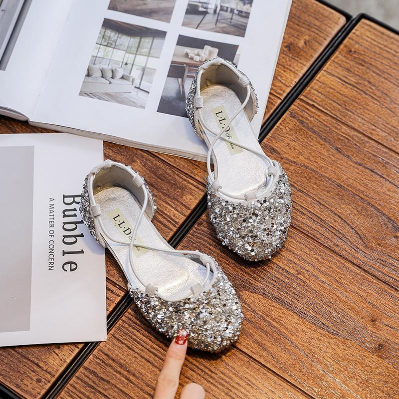 Giá bán Cô Gái Dép Lê Trẻ Em Giày Rỗng Bên Giày 2019 Mùa Xuân Và Mùa Hè Mẫu Mới Kiểu Hàn Quốc Giày Công Chúa Con Gái Trẻ Con Phiên Bản Dép Lê Bao Đầu