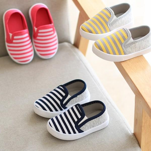 Giá bán Giày lười giày slip on giày thể thao cho bé trai và bé gái siêu nhẹ siêu êm siêu rẻ