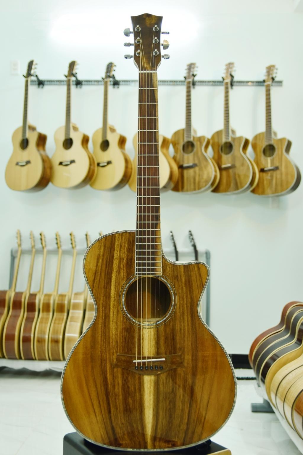 Đàn Guitar Acoustic   Guitar Việt   Full gỗ điệp   DT - A25c4   Tặng kèm phụ kiện
