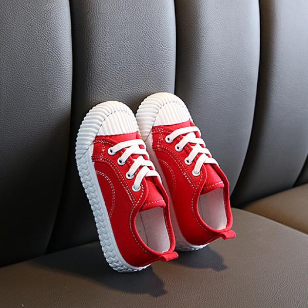 Giá bán Giày trẻ em gái màu đỏ, siêu nhẹ, mền mại êm chân dành cho bé 1-14 tuổi