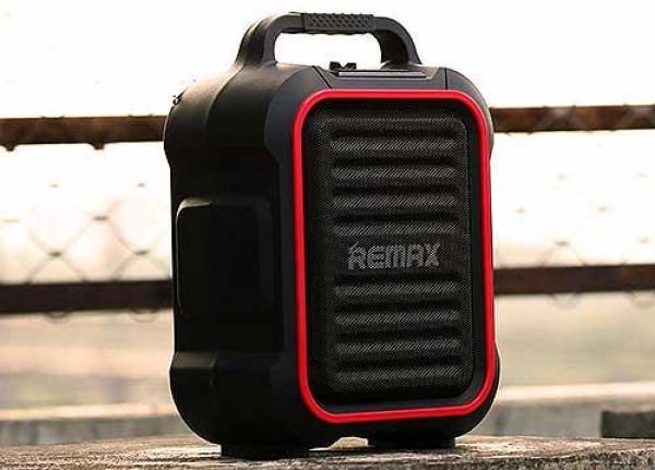 Loa Bluetooth Remax RB-X3 tặng kèm Micro không dây giá rẻ