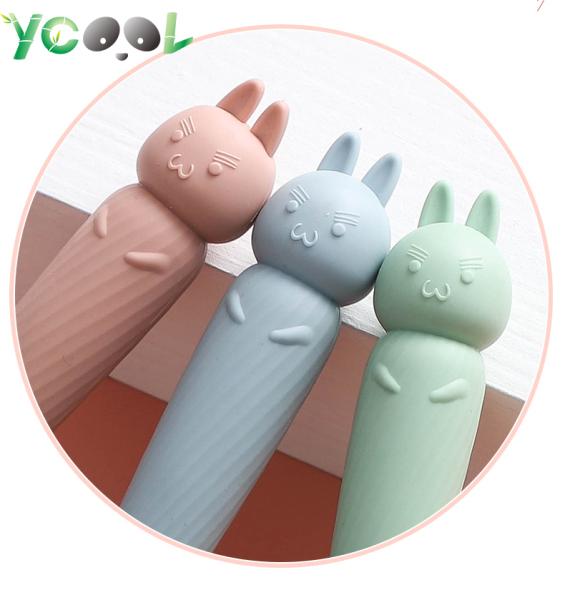 [HCM]Lược chải tóc tay cầm hình thú dễ thương chống tĩnh điện- Thỏ Hồng cam nhập khẩu
