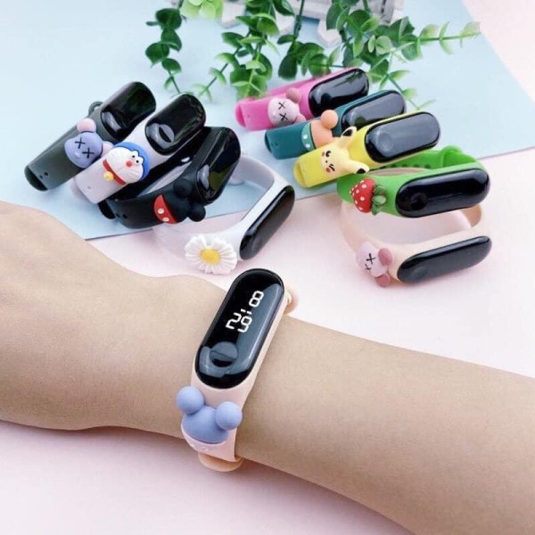 Nơi bán Đồng hồ điện tử đeo tay chống thấm trẻ em - Cho bé trai gái màn hình LED đính hình đáng yêu
