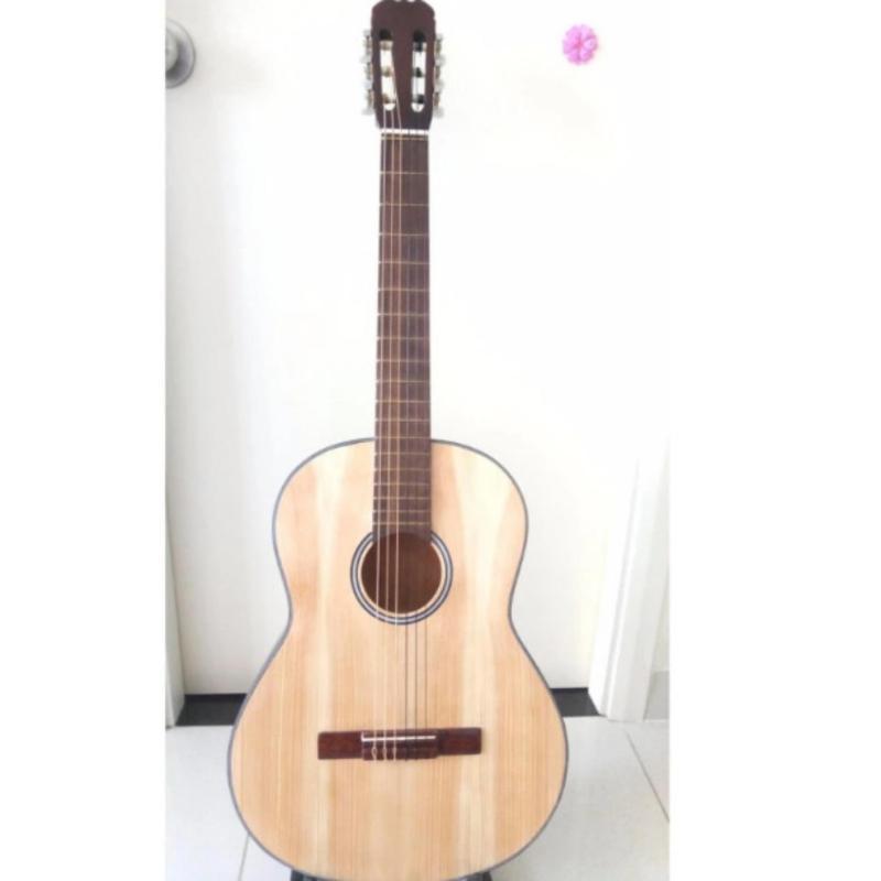Đàn guitar Classic Việt Nam DVE70C (màu gỗ tự nhiên) +Tặng phụ kiện