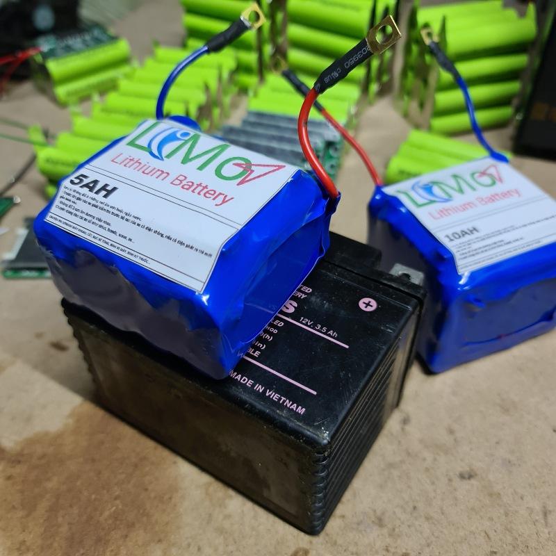Khối pin Lithium thay bình acquy xe máy.(Khối 5AH). Bình acquy kích đề xe máy. Bình pin Lithium lon 12v - LIMO