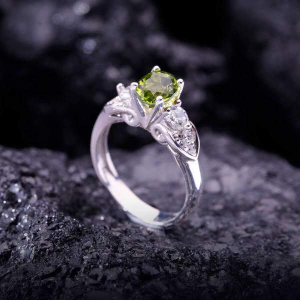 Nhẫn Nữ – Bạc – Đá Peridot Tự Nhiên #NPE-210605-02