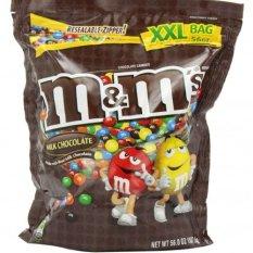 Kẹo chocolate sữa M&M 1.570gr của Mỹ (nhiều màu)
