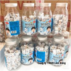 Sữa chua khô viên vuông Wises vị sữa truyền thống gồm 50 Viên/ 140G kèm lọ nhựa trong suốt siêu dễ thương (Nhập khẩu Hồng Kông).