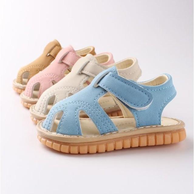 Dép sandal tập đi cho bé đế mềm chống trơn trượt phát tiếng kêu A11 giá rẻ