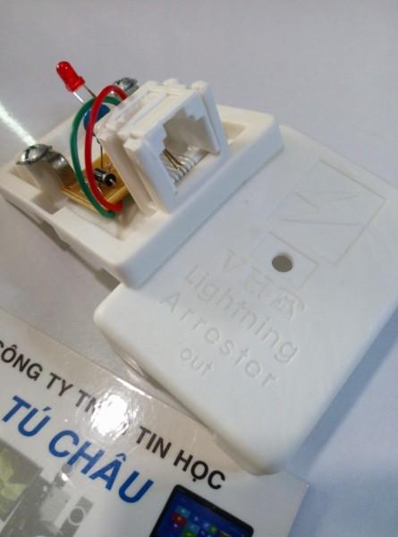 Bảng giá Cục chống sét điện thoại 1 ra 1 Line RJ11 - Lightning Arrester Phong Vũ