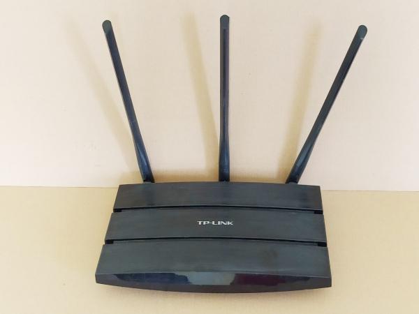 Bảng giá Bộ phát wifi TP-LINK TL-WR2041N 3 Dâu sóng khoẻ tốc độ cao (450mps) Cắm vào là dùng được ngay. Phong Vũ