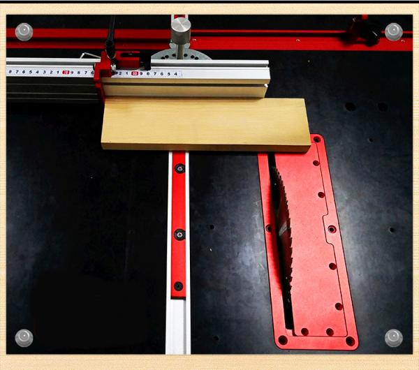 Tấm gá chế máy cưa bàn cho máy cưa đĩa 255mm được đúc liền nguyên khối và được phay CNC cho độ ổn định cao