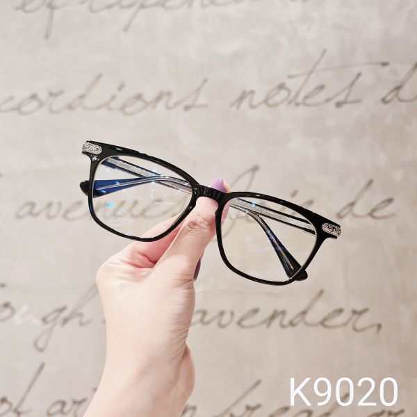 Giá bán Gọng kính kim loại nữ mắt tròn Lilyeyewear K9020, nhẹ nhàng thanh mảnh, giúp người đeo thoải mái, phù hợp với nhiều khuôn mặt , gọng kính có nhiều màu, một size