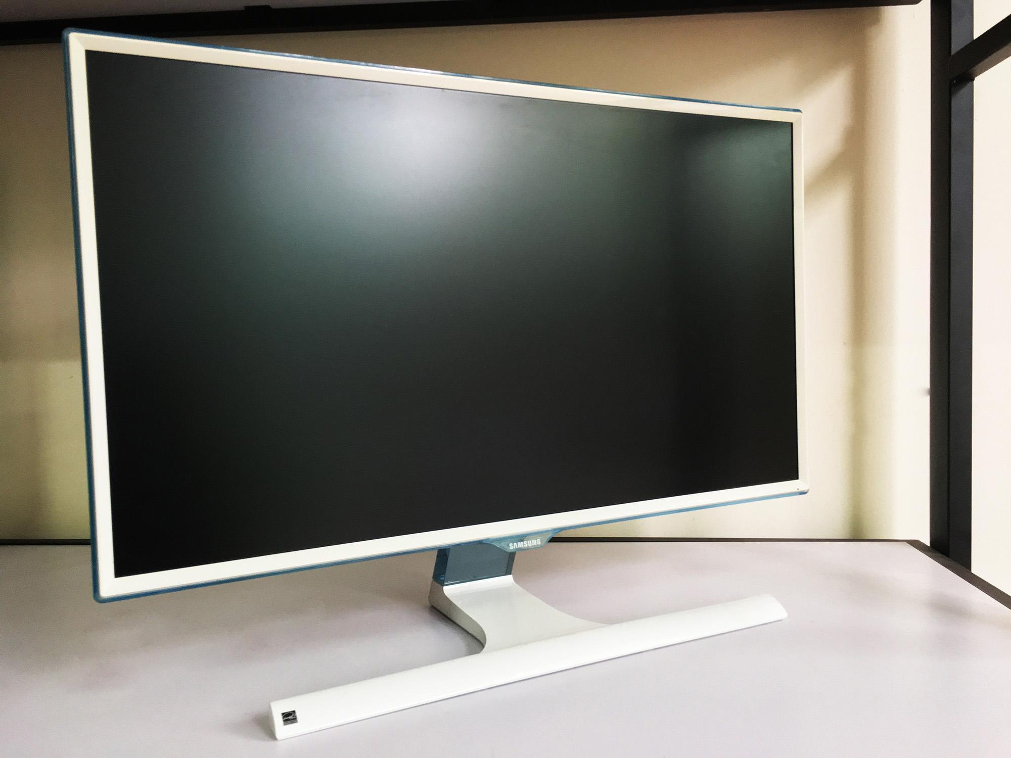 Màn hình máy tính 32inch SAMSUNG 32E360 IPS