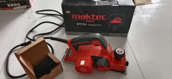 Máy bào Maktec MT191