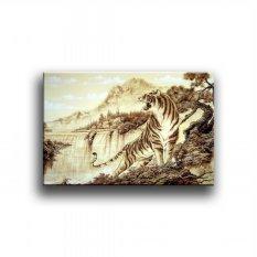Tranh Canvas Chúa tể sơn lâm Vicdecor TCV0013 40 x 60cm