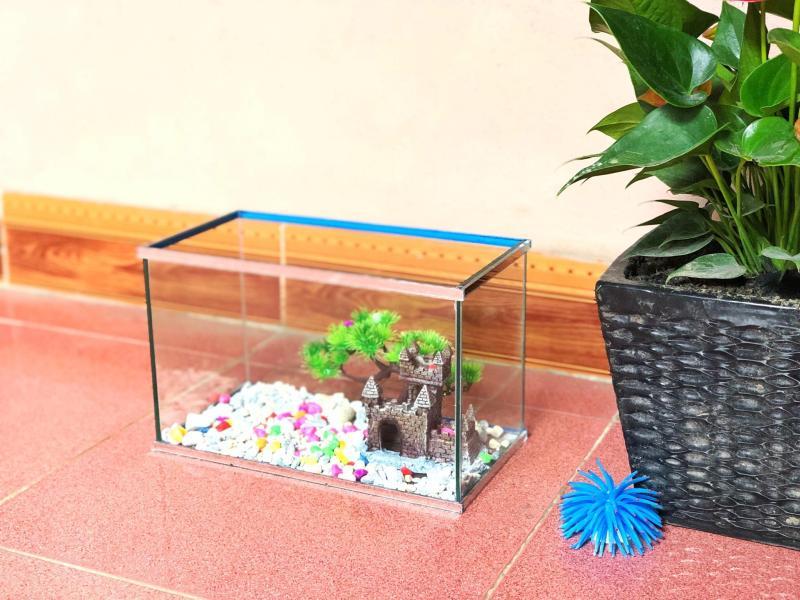 Bể cá mini viền gương cỡ 30*15*18cm để bàn trang trí nhà cửa, bàn làm việc kèm đèn led