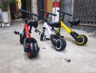 Xe đạp thăng bằng có bàn đạp thumbnail