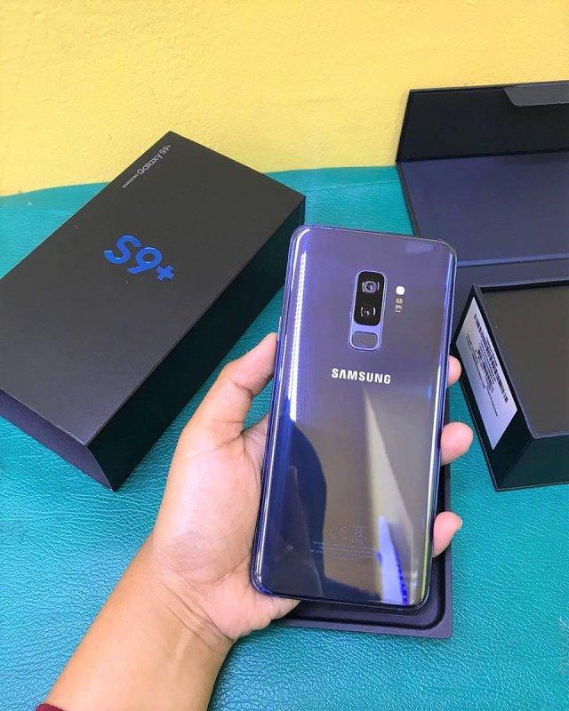 Điện thoại Samsung Galaxy S9 Plus Màn hình cong tràn viền xuất xứ VN
