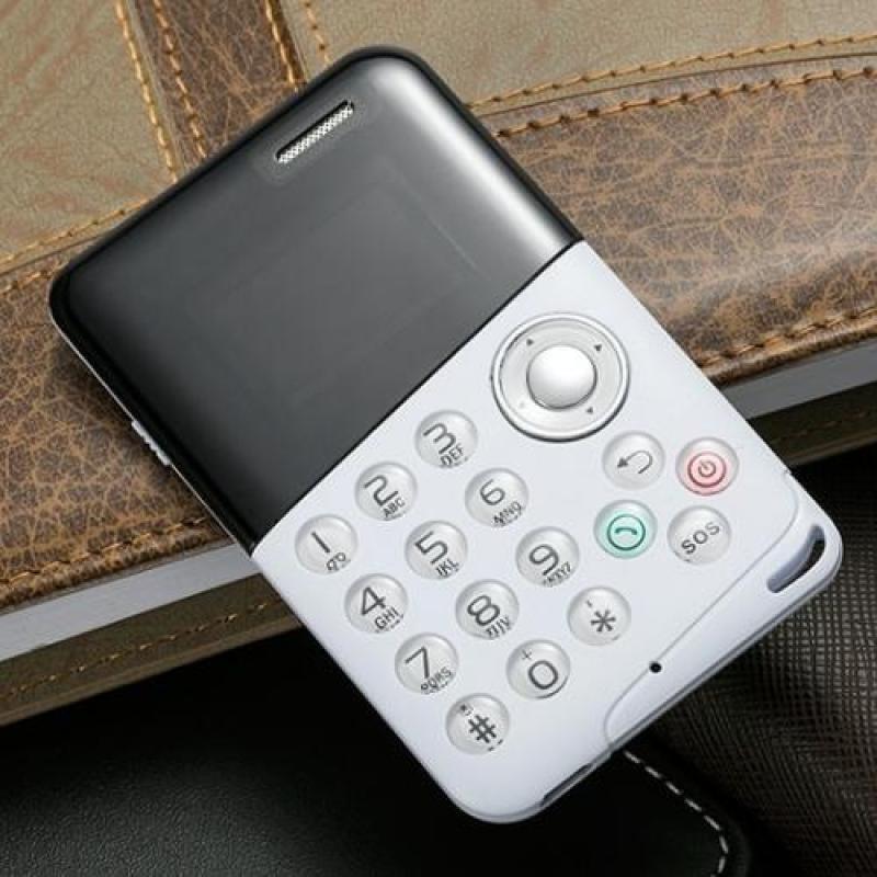 Điện thoại Mini M8 siêu mỏng siêu độc đáo