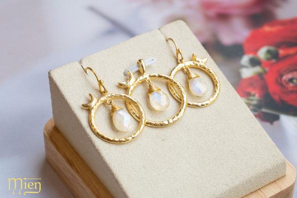 Mặt Dây Chuyền, Mặt Dây Chuyền Bạc Hình Trăng Đá Moostone, Lắc Tay Charm, Lắc Chân Bạc, Mặt Lắc Tay Nữ Bạc 925, Mien Promotion, Mien Jewelry, Mặt Lắc Tay Nữ Bạc 925