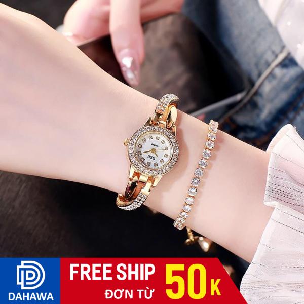 Nơi bán Đồng hồ thời trang lắc nữ DZG D126, mặt đính đá sang trạng, dâu y thép không gỉ, chống nước sinh hoạt, bảo hành 6 tháng
