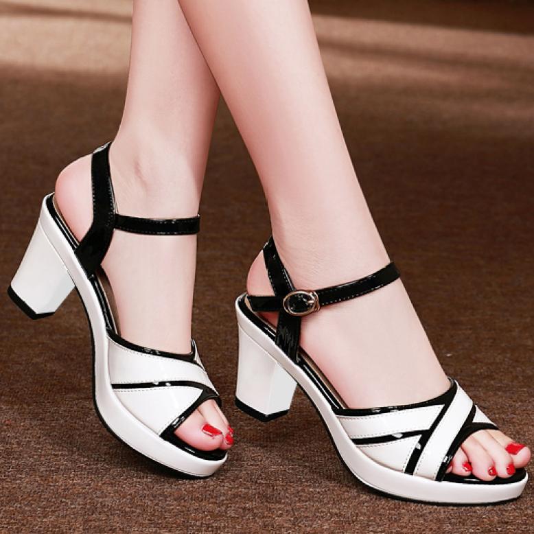 Giày sandal cao gót đế vuông 5 phân quai da bóng phối màu - CG77 giá rẻ