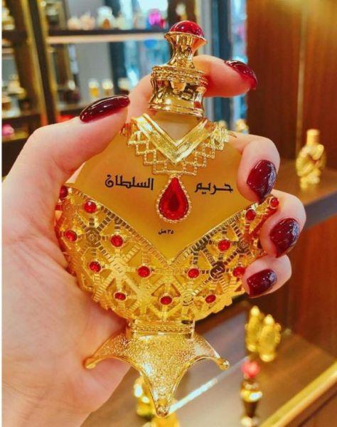 Tinh dầu nước hoa Dubai Nữ Hoàng Đỏ nhập khẩu