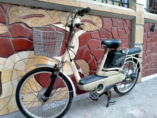 Phân phối Xe đạp điện Yamaha màu trắng đã qua sử dụng