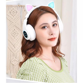 Tai nghe mèo bluetooth B39 - Tai nghe mèo phát sáng có Mic, Âm bass mạnh mẽ, Pin khủng 400mAh, chống ồn CV6 thumbnail