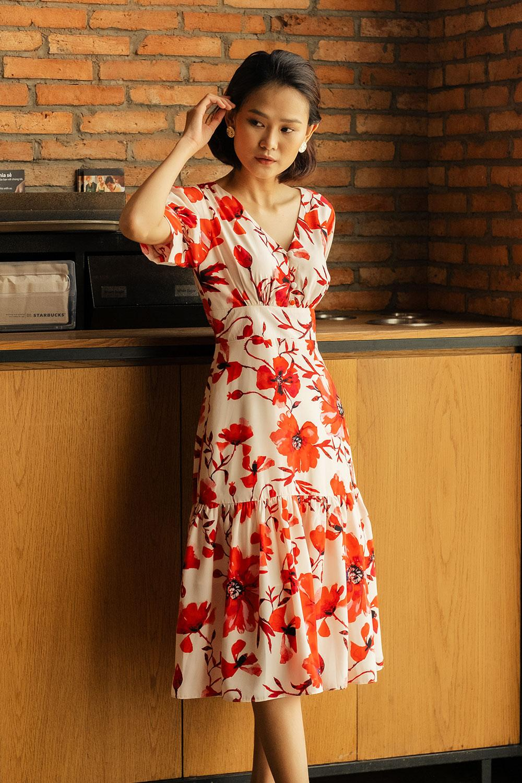 Đầm Midi Lụa Hoa đỏ - Lilya 03DRE2303 Giá Giảm