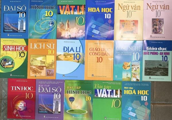 Bộ sách giáo khoa lớp 10 + Sách bài tập toán lý hóa lớp 10 (17 quyển) - không tiếng anh