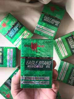 Dầu Gió Xanh 2 Nắp SingaPore Eagle Brand Con Ó thumbnail