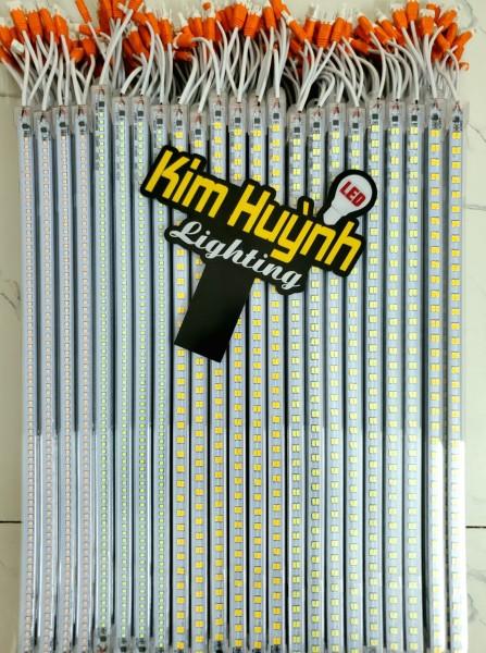 Thanh đèn led sử dụng trực tiếp điện 220V có vỏ nhựa, chiều dài 1 mét