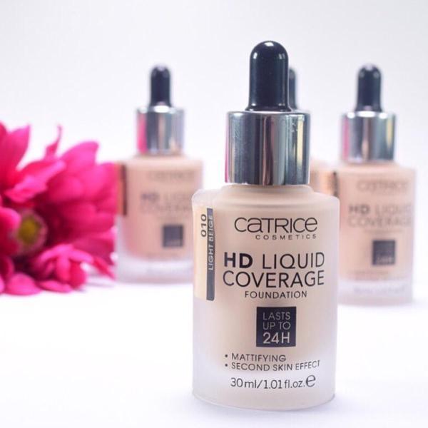 KEM NỀN CATRICE HD LIQUID COVERAGE 24H ( 020 ) 30ml. Sản phẩm thích hợp với da dầu và da hỗn hợp.
