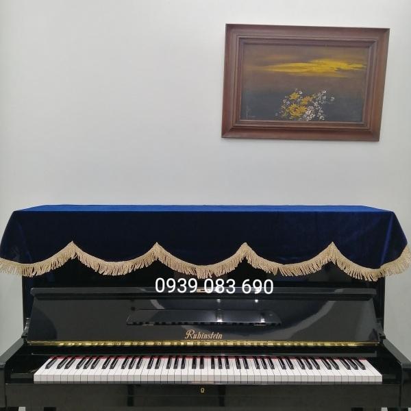 KHĂN PHỦ ĐÀN PIANO CƠ XANH DƯƠNG, CHẤT LIỆU VẢI NHUNG DÀY, TUA RUA VÀNG SỢI LỚN