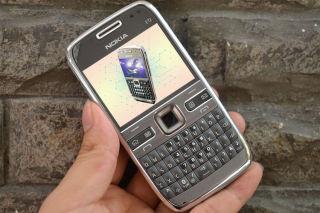 Điện thoại Nokia E72 Chính Hãng - Huyền Thoại Lừng Lẫy - Bao Test thumbnail